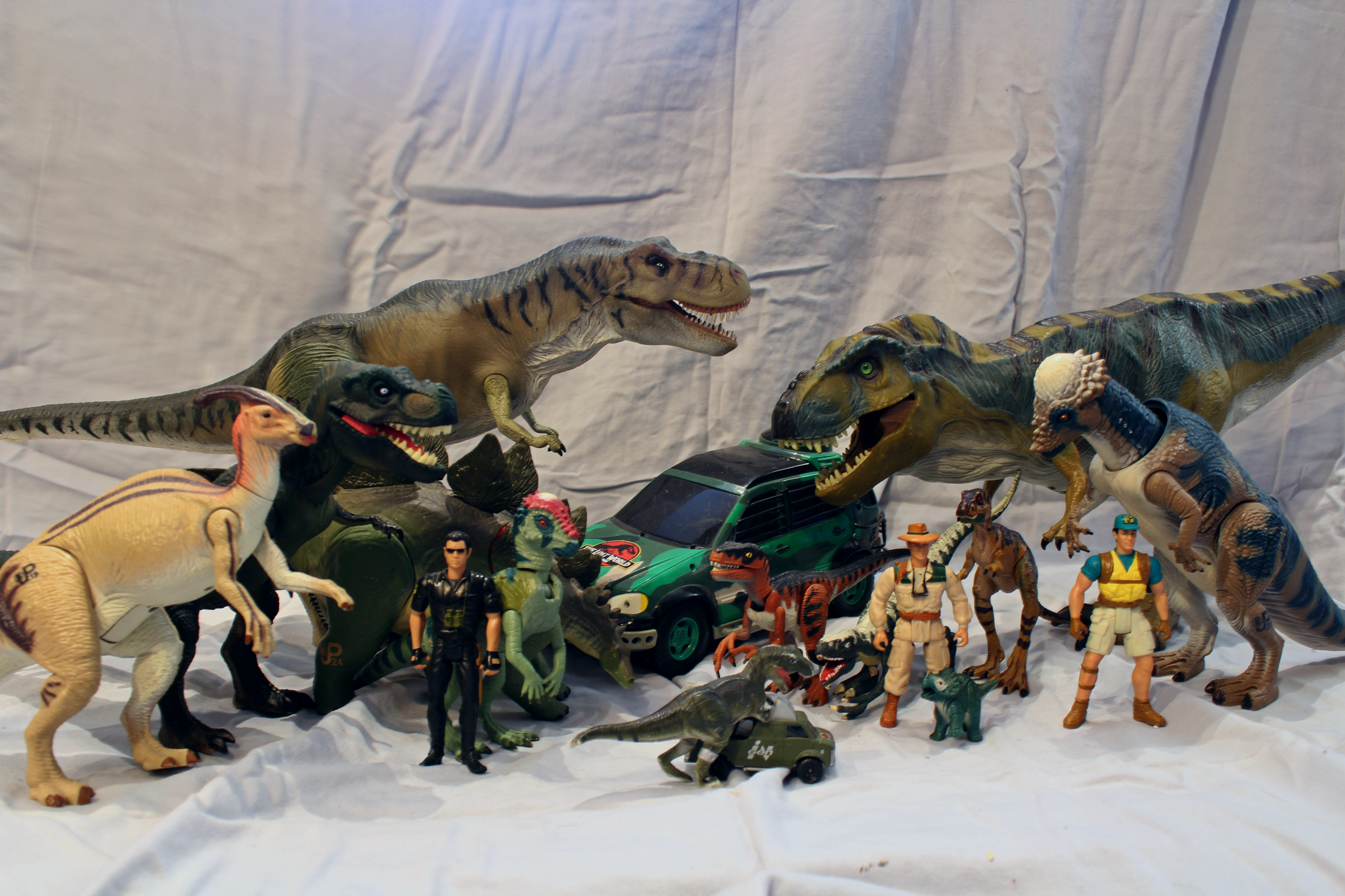 The Lost World Jurassic Park D.A.R.T DART Roland Tembo exclusive human only